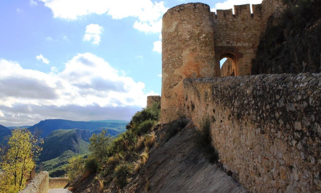 Grad v Chulilla
